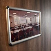 Cadreclic cadre avec angles - Doal Concept enseigne et signalétique en ligne