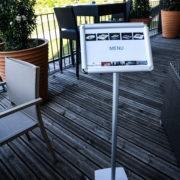 Porte menu sur pied - format A4 paysage - Doal concept enseignes et signalétiques en ligne