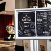 porte menu sur pied - format A4 - Doal concept enseignes et signalétiques en ligne